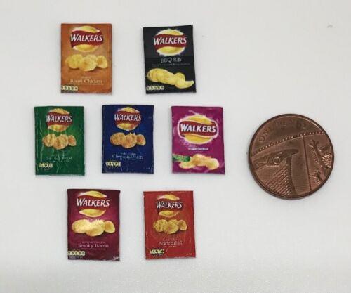 DD052 degli oggetti ulteriori P /& P Gratis Dolls House miniatura 7 pacchetti di patatine fritte