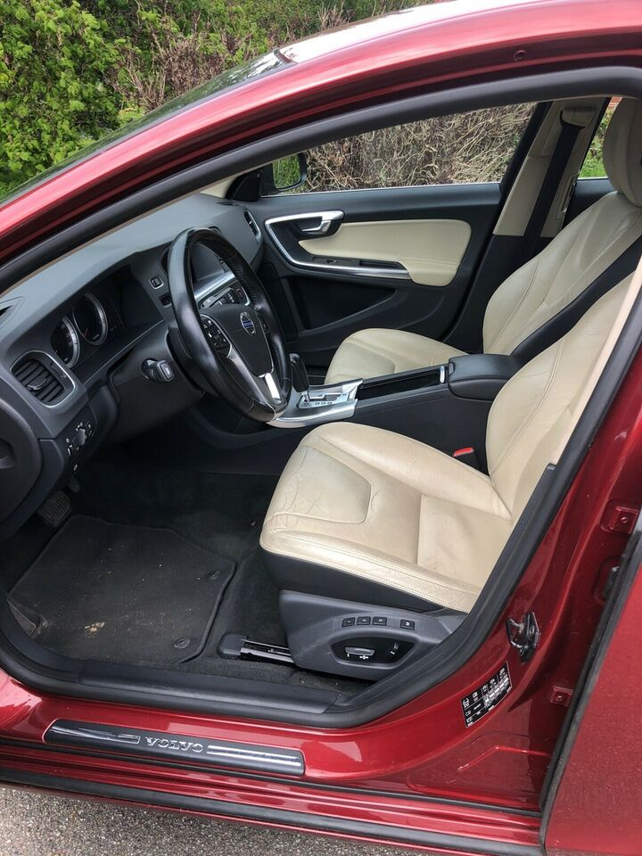 Volvo s60 2,0 D3   Aut nys