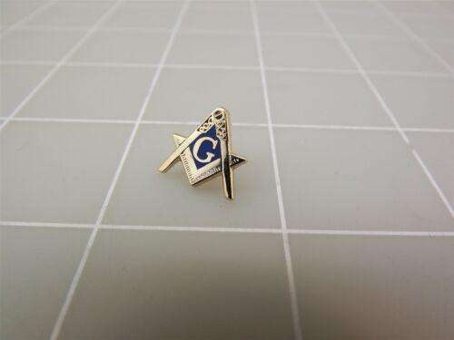 "Brand New Blue Enameled MASONIC Mason Square /& Compass Lapel Pin 5//8/"""
