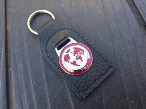 Genuine-Leather-Quality-Keyfob-Triumph-Tr4-World-Logo