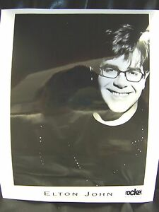 Elton-John-8x10-Black-amp-White-Promo-Press-Photo-Mint