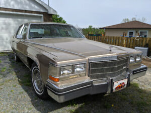 Seling 1985 Cadillac Brougham
