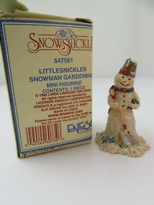Snowsnickle Snowman Gardening Mini Figurine New (547581)