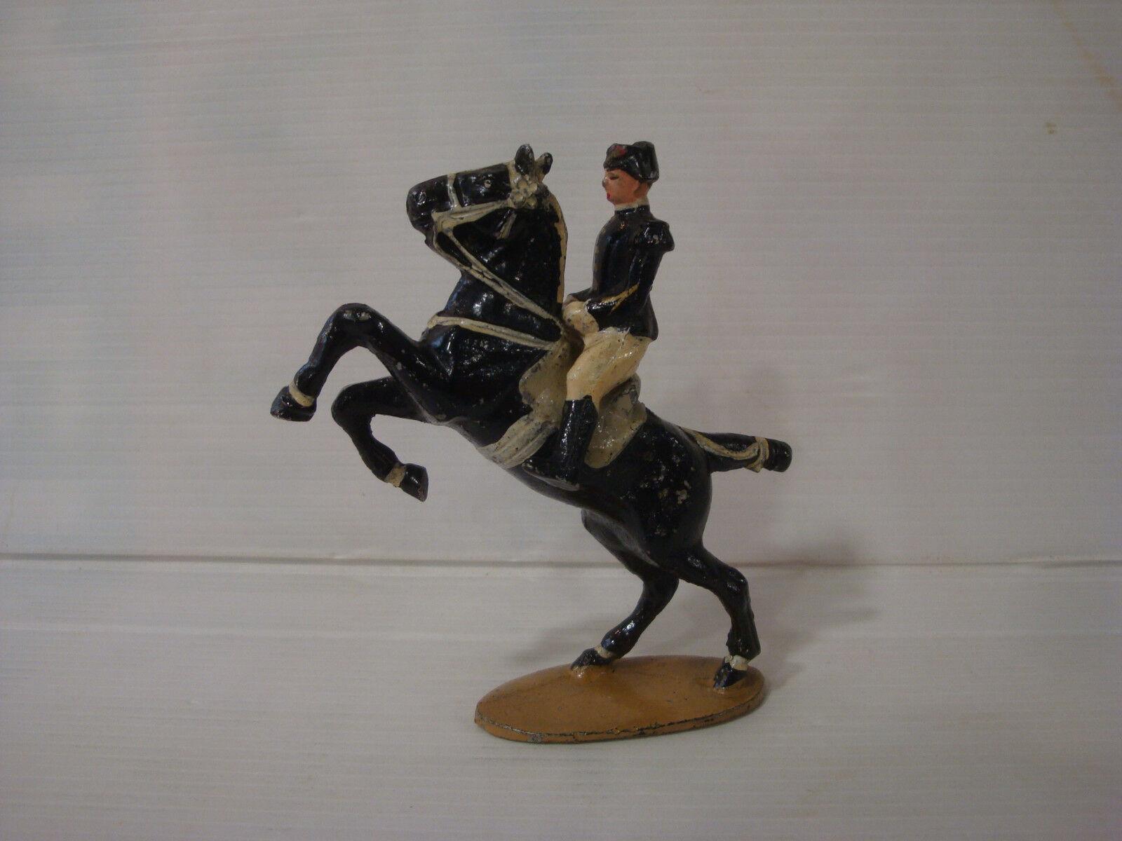 Figürchen antik Quiralu   Reiter Rahmen schwarz Saumur n°1