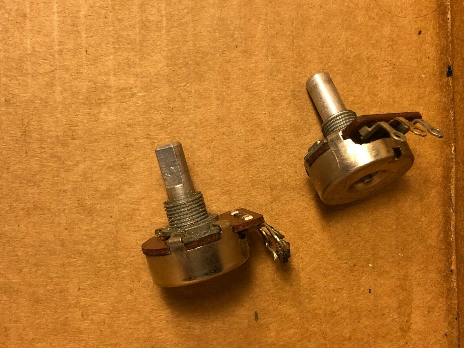 Matched Pair Vintage 1975 CTS 25k ohm Audio Taper Guitar Potentiometers 1 NOS