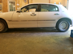 99 Lincoln town car for sale or trade
