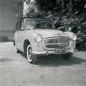 Hillman-Husky-1955-OLD-CAR-ROAD-TEST-PHOTO-4
