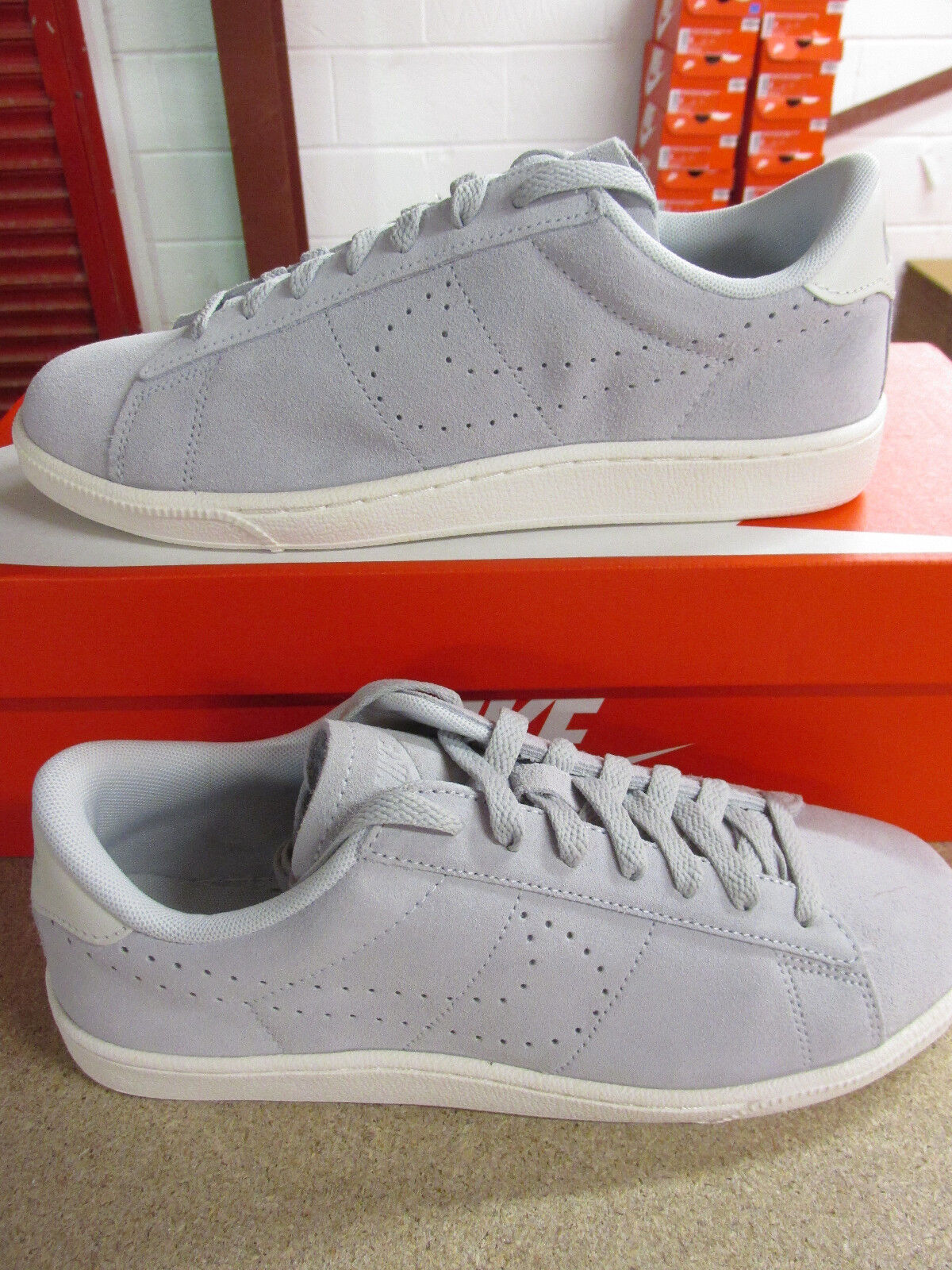 Nike Tennis Classic CS Suede mens Trainers 829351 001 Sneakers Shoes