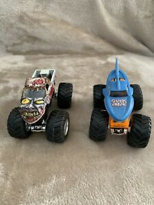 Hot Wheels Monster Jam Zombie And Shark Wreak 1 64 Monster Trucks Die Cast Ebay