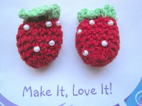 2 x KNITTED STRAWBERRY Pearl APPLIQUE Sew On Embellishment Green Leaf Crochet