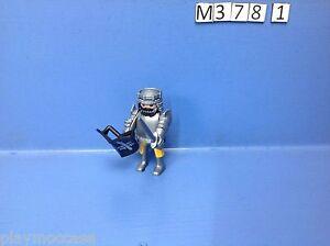 M378-1-playmobil-chevalier-edition-speciale-de-2007-ref-4666