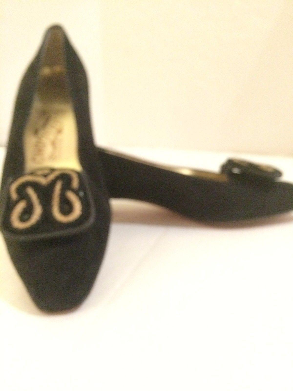 Salvatore Ferragamo wmn's sz 7 7 sz B Black suede flats woven gold braid EUC 5be817