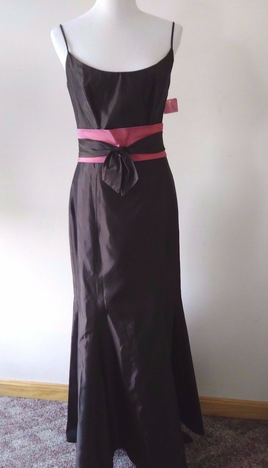 **New With Tags**Lazaro Brown Taffeta Gown Pink Bow Size:12 Tag: