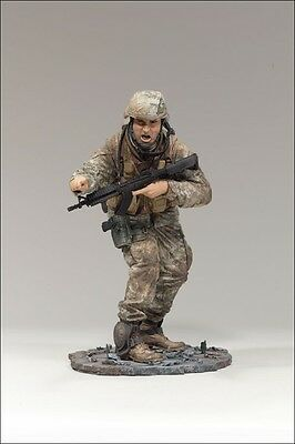 Mcfarlane USMC LT Marine Combat Lieutenant Redeployed 2 Desert Military Figure
