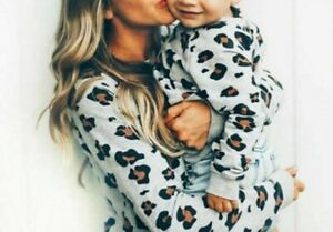 Family Matching Outfit Mother Daughter Son Long Sleeve Leopard Sweater Clothes