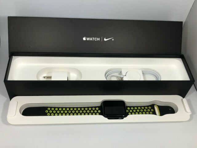 mamífero apretón Superposición  Apple Watch Nike+ 42mm Aluminum Case Black/Volt Sport Band - (MP0A2LL/A)  for sale online | eBay