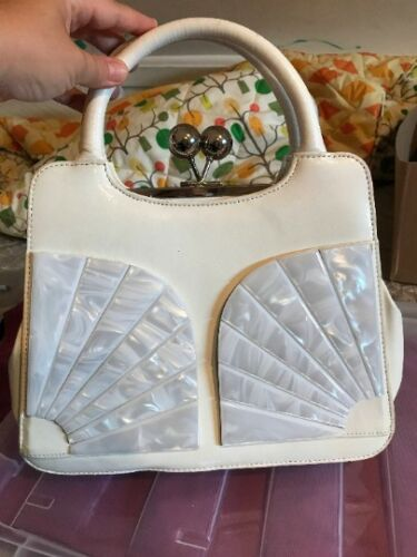 Vintage White Mermaid Purse, shell purse, shell m… - image 1