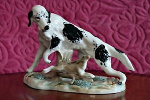 Vintage-Porcelain-Hand-Painted-Dog-with-Hare-Figurine-Spain