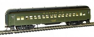 Rivarossi-Santa-Fe-60ft-Coach-3370-HO-Scale-Train-Car-HR4209
