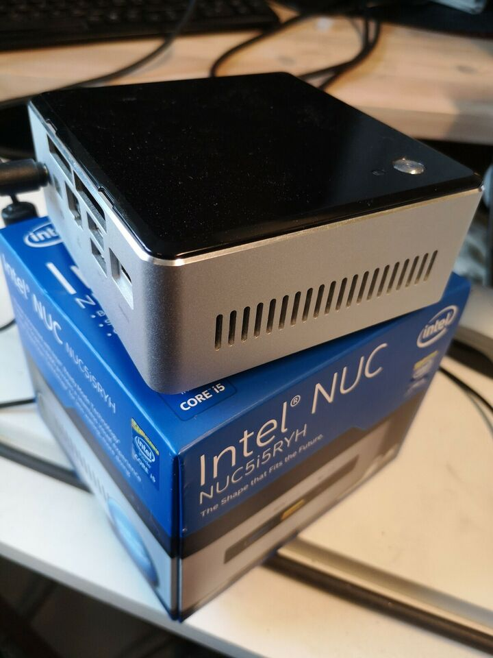 Intel, NUC5i5RYH, 1,6 Ghz