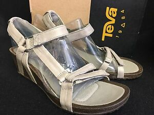 d3d96239715f36 Image is loading Teva-Ysidro-Universal-Wedge-Leather-Womens-Sandal-Low-