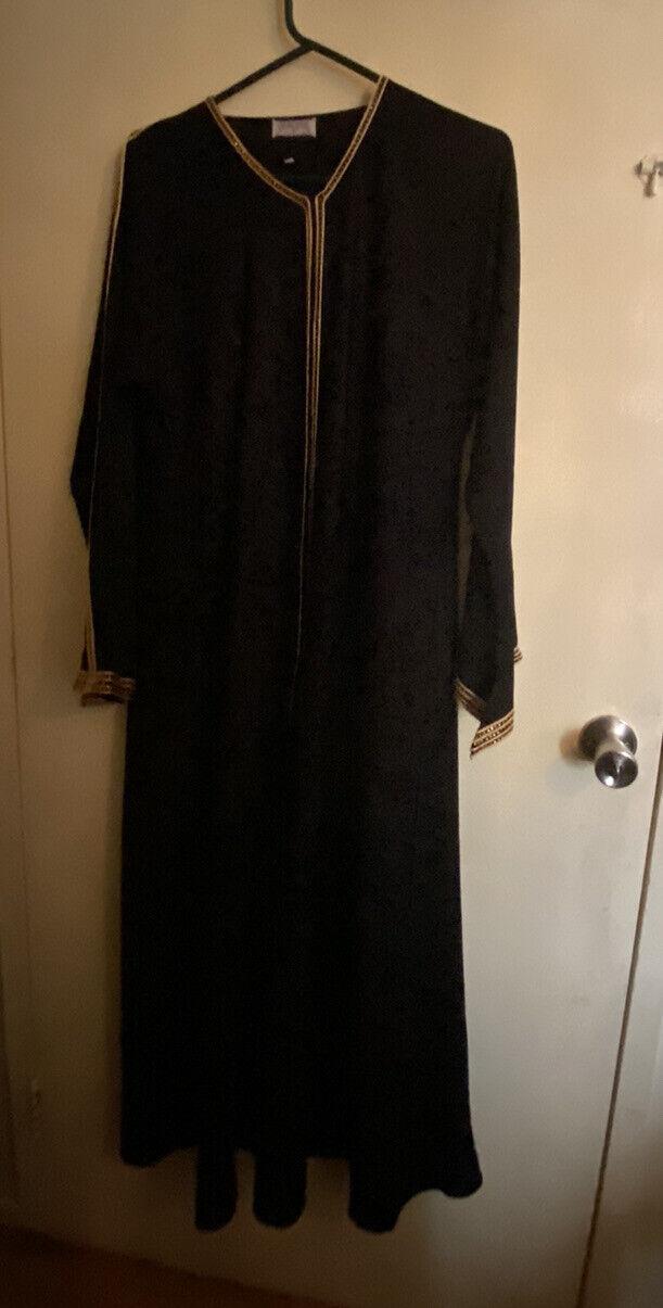 open burkha (over coat)