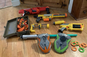 Huge-Lot-of-Nerf-Guns-Ammo-Case-amp-Dodge-Discs-amp-Extras-Tons-of-Fun-Great-Deal
