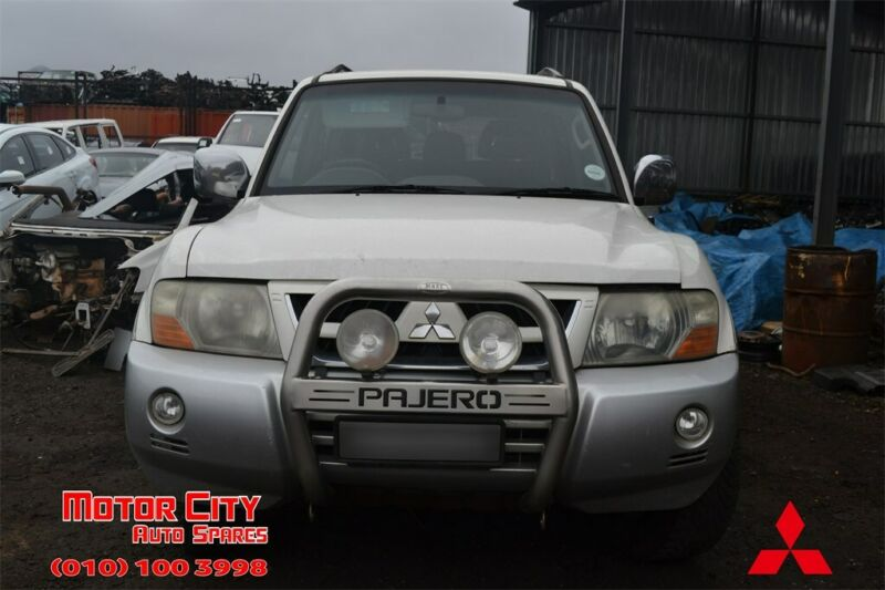 Now Stripping For Spares - 2006 Mitsubishi Pajero 3.2 DiD GLS LWB - Now Stripping For Spares