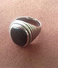 Anello uomo acciaio rigato con pietra nera diametro  20 mm