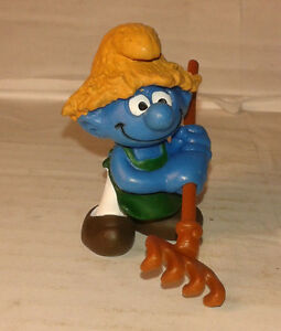 Bd-figurine-schtroumpf-jardinier-paysan-1992-peyo-schleich-SMURF-PUFFI