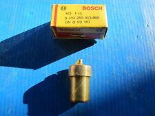 Injecteur Bosch pour: Renault: R20, R30, Fuego, Master, Audi 100, 131, 132,