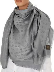 NEW-LV-LOUIS-VUITTON-GRAY-LOGO-MONOGRAM-SHINE-WOOL-SILK-BLEND-SCARF-SHAWL