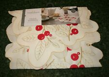 Snowflake 14x36 Table Runner White With Silver Lame Oxford House NWOT