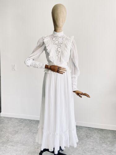 Vintage GUNNE SAX White Cotton Prairie Maxi Dress… - image 1