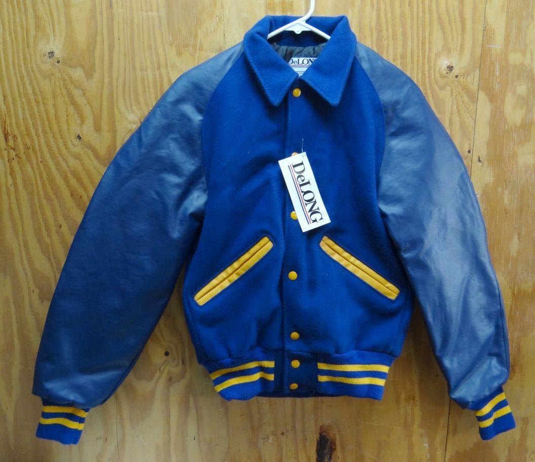 Jack van DELONG VARSITY LETTER ROYAL blauw (YELLaag PIPIPING) made in USA