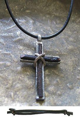 Aufstrebend Herren Kette Kreuz Herrenkette Halskette Vintage Schwarz Kreuzkette Lederkette QualitäTswaren