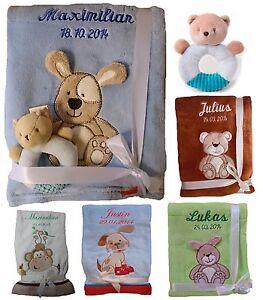 Babydecke-mit-Namen-bestickt-Spielzeug-Rassel-Teddy-Geschenk-Geburt-Taufe-Baby