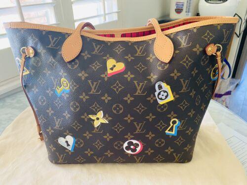 Authentic Luis Vuitton Love Lock Neverfull MM NM B