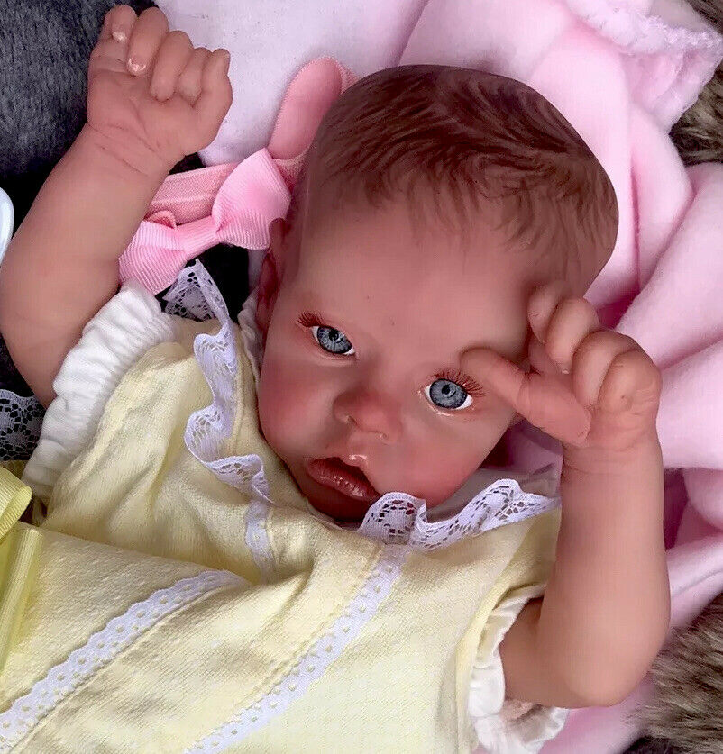 Beautiful Reborn baby doll..Florence