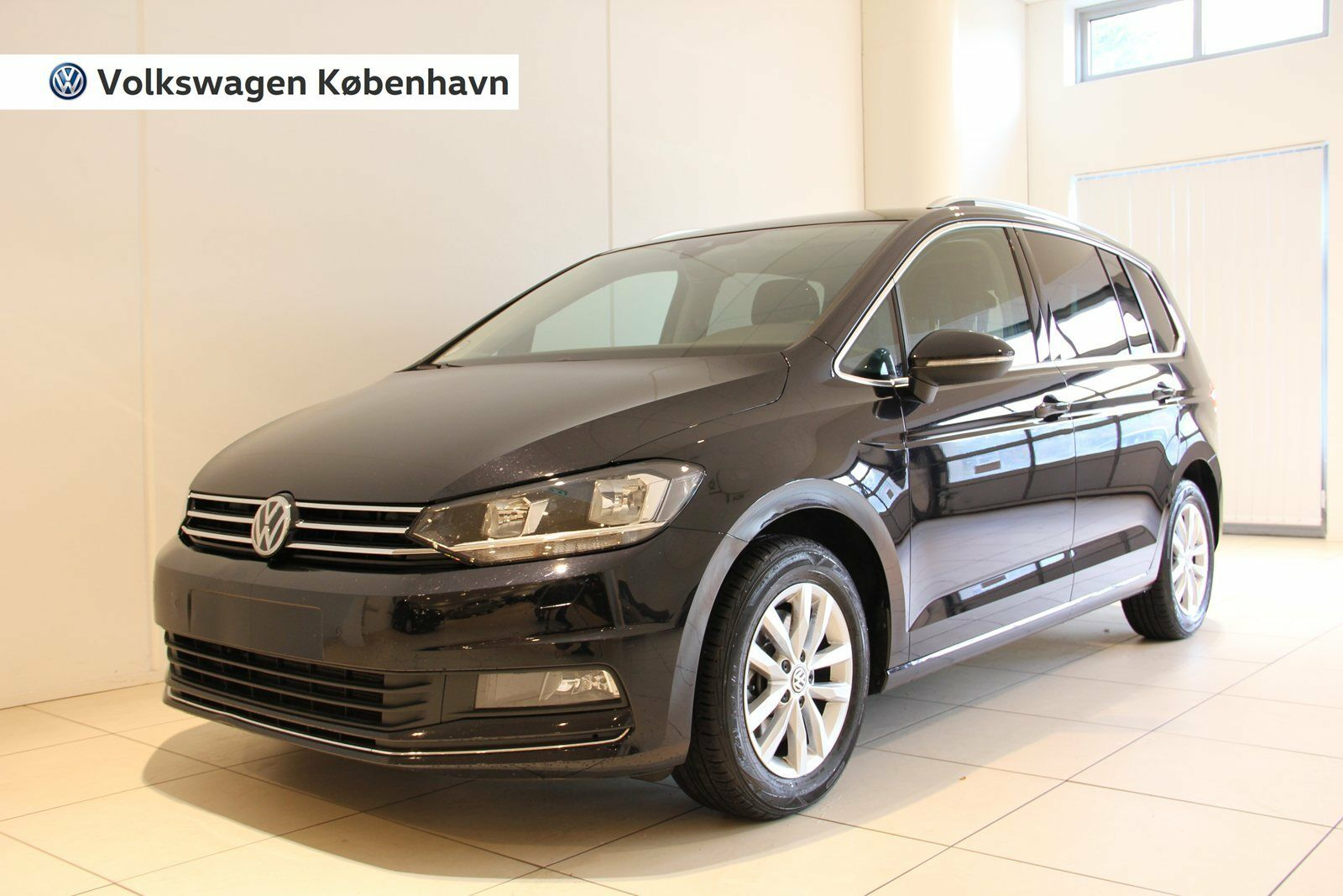 VW Touran 1,8 TSi 180 Highline DSG BMT 5d - 379.000 kr.