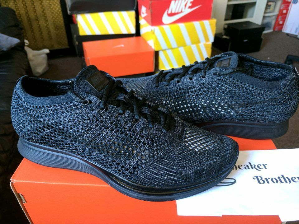 Nike Flyknit Racer Midnight Triple Black Blackout Anthracite 526628-009 Rainbow