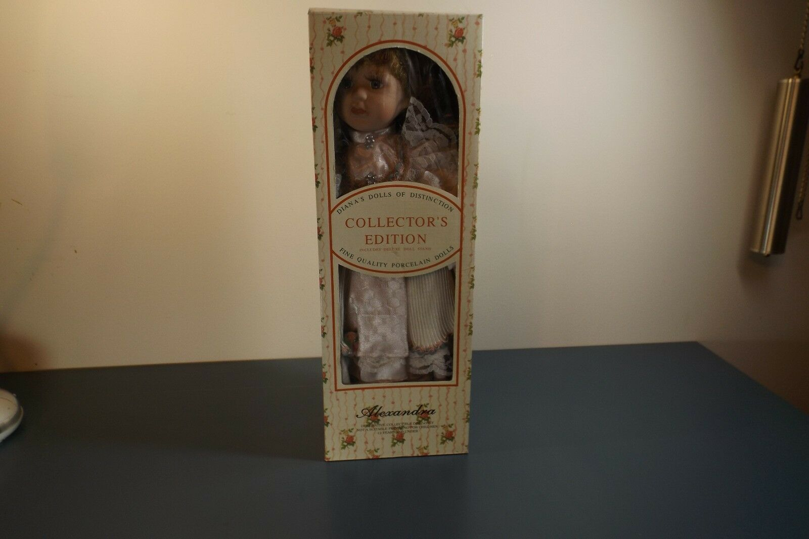 Diana's dolls Distinction collector's edition quality porcelain doll Alexandra
