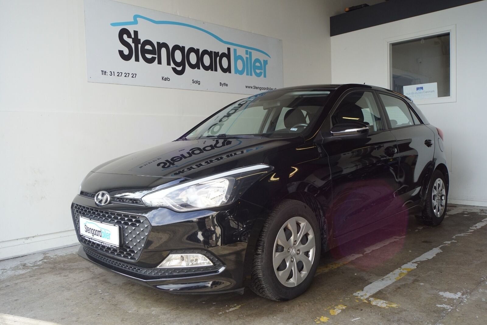 Hyundai i20 1,25 Trend 5d - 99.900 kr.