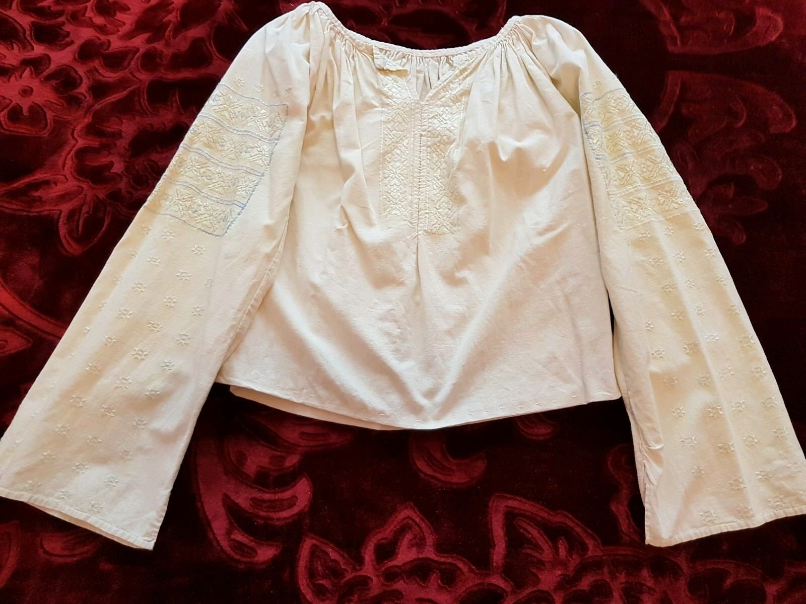 Vintage hand embroideROT Romanian blouse silk thread