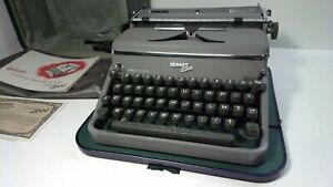 Hermes typewriter machine 2000-year 1956-functional