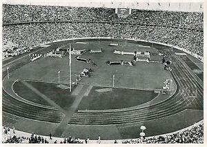 """187. Olympiastadion Germany Berlin Stadium OLYMPIC GAMES 1936 CARD - France - État : Occasion : Objet ayant été utilisé. Consulter la description du vendeur pour avoir plus de détails sur les éventuelles imperfections. Commentaires du vendeur : """"FORMAT: 17 CM X 12 CM / SIZE: 6.69"""" x 4.72"""" INCH"""" - France"""