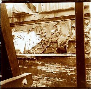 GRECE-Athenes-Bas-relief-au-Parthenon-Photo-Stereo-Vintage-Plaque-Verre-ca-1900