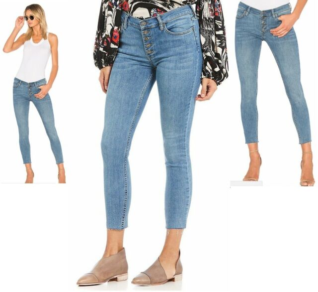 9461be1575c33 Free People women s blue Reagan raw frayed hem cropped skinny Jeans size  28