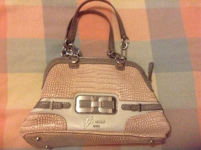 Guess Tote Bag ( Perfect Condition )