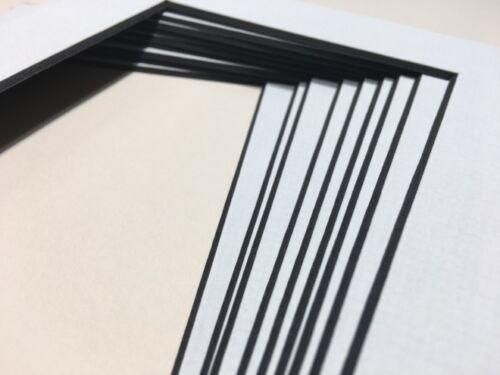 Foto Montajes De Fotos Y Placa De Textura Blanco Suave Con Núcleo Negro Moderno